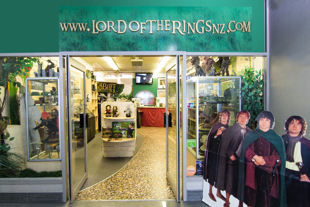 Lord-of-the-rings-shop-B