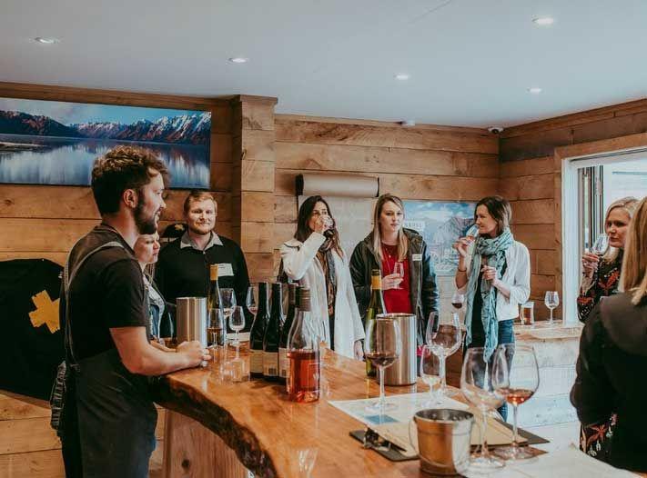 Kinross-wine-tasting