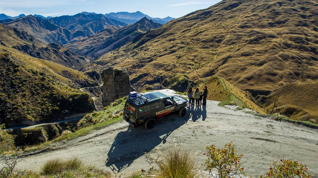 4WD-Skippers-Canyon-Lighthouse-Rock