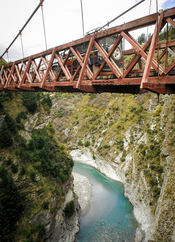 4WD-Skippers-Canyon-Suspention-Bridge1